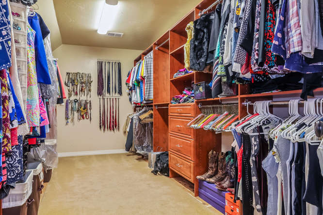 9367 Windhaven Dr Parker CO Small 022 32 Master Closet 666×444 72dpi