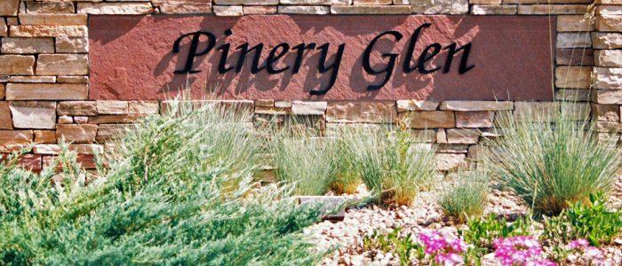 Main Entrance to Pinery Glen neighborhood