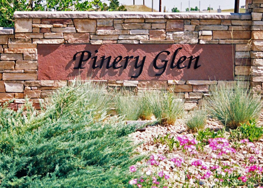 Main Entrance to Pinery Glen neighborhood